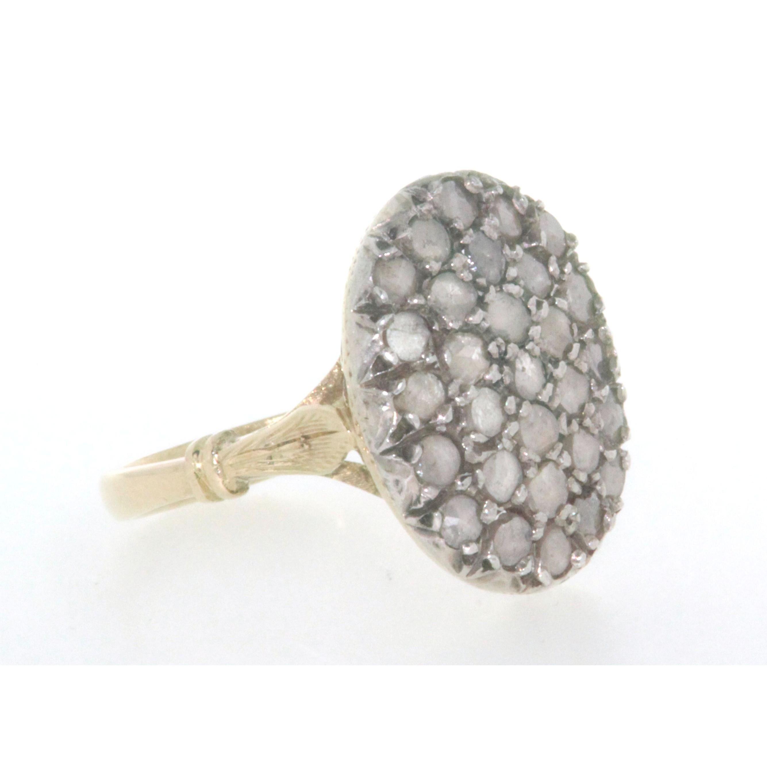 diversamente e2eee 483fb Anello D'epoca in oro giallo 18 kt e argento in stile antico con diamanti  taglio rosetta