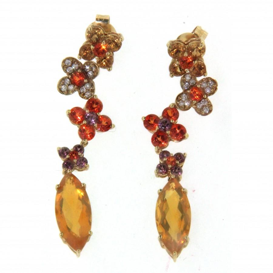 Paio di orecchini in oro giallo 18 kt, con diamanti e pietre dure
