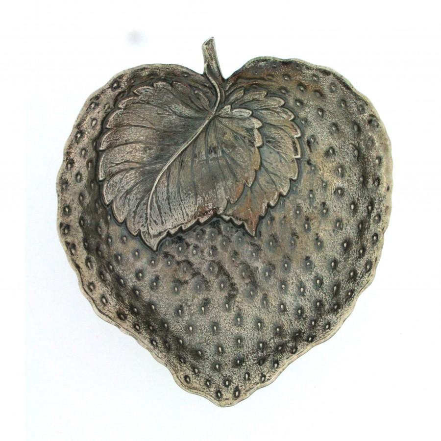 Gianmaria Buccellati, collezione Frutti, frutto della fragola,