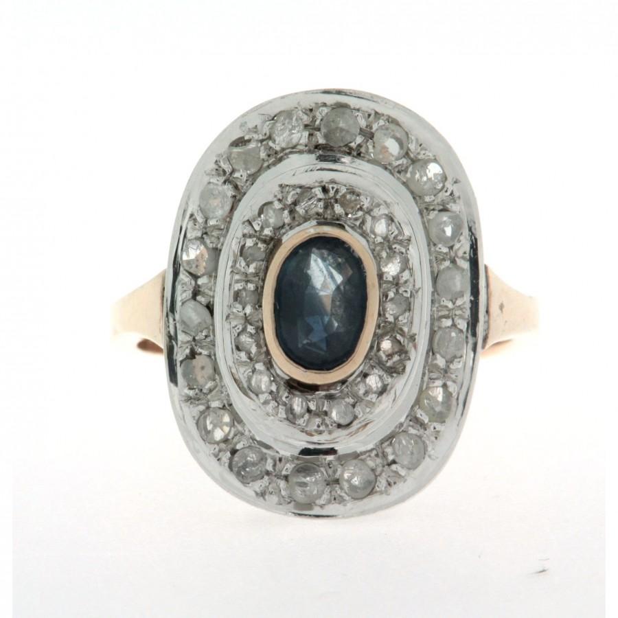 Anello in oro 12 kt usato in stile anni '30/'40, con diamanti e uno zaffiro