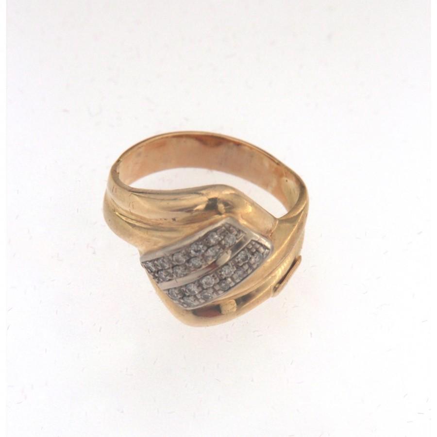 Anello bicolore in oro 18 kt. con brillanti. Usato