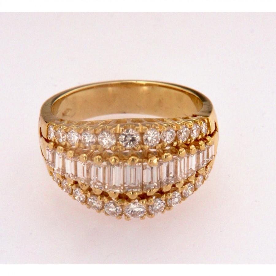 Anello a fascia con diamanti taglio brillante e baguette in oro 18 kt. Usato