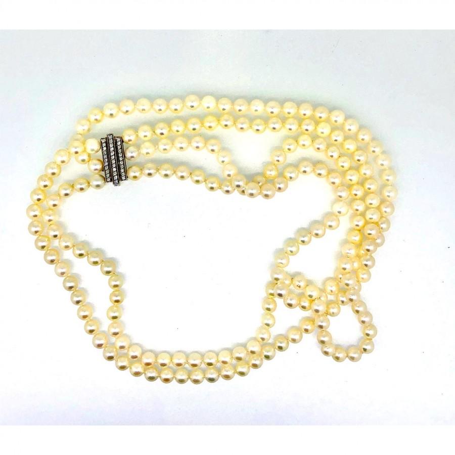 Girocollo salvini di perle giapponesi Akoya con chiusua in oro bianco e diamanti