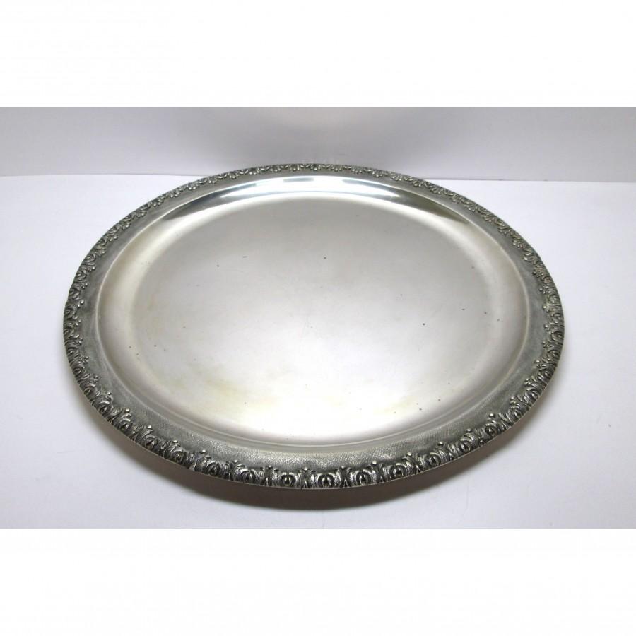 Vassoio usato, in argento 800 , in stile Gianmaria Buccellati, liscio all'interno e lavorato all'esterno usato
