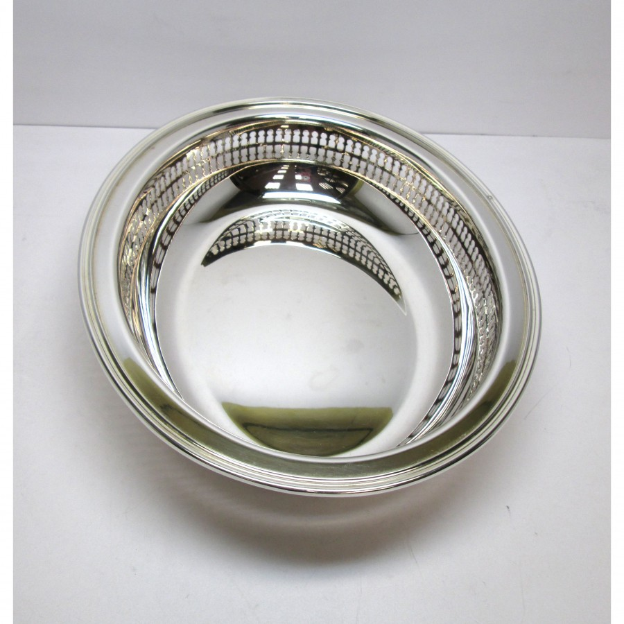 Piatto ovale in argento 800 lavorazione moderna con laterale traforato