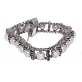 Bracciale in oro bianco 18 kt  con perle giapponesi Akoyae zaffiri naturali