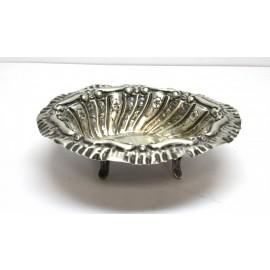 Posacenere in argento 800 di forma ovale d'epoca