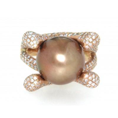 Anello in oro rosa 18 kt, con perla gold e diamanti