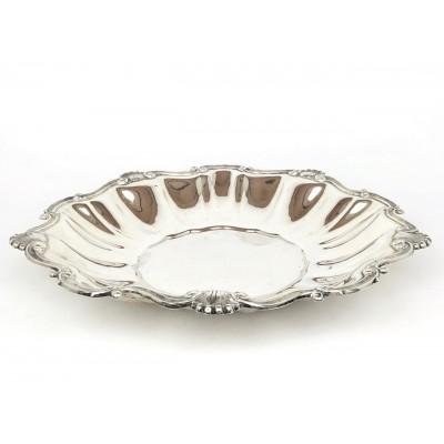 Vassoio , piatto centro tavola, stile antico bordo lavorato arg.800.Usato