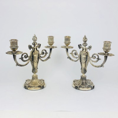 Due candelieri stile antico,usati