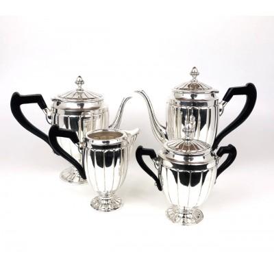 Vassoio con 4 pezzi, zuccheriera e lattiera theiera ,caffè, in argento 800 , usato.