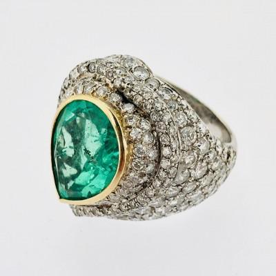 Anello usato in oro 14 kt. con smeraldo naturale,ct.5,50