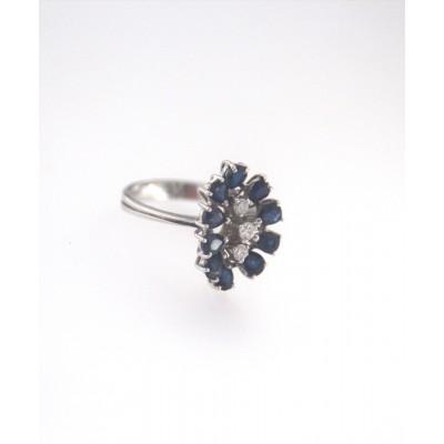 Anello oro bianco 18 kt con brillanti e zaffiri blu (160)