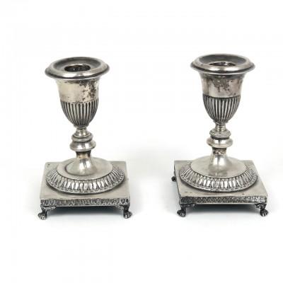 Due piccoli porta candela argento '800 stile Impero
