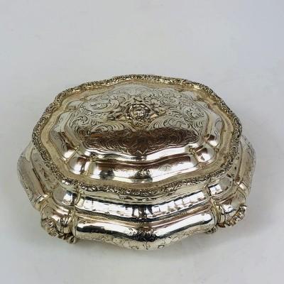 Portagioie in  argento  800 fatto a mano a salzo e cesello d'epoca