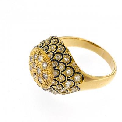 Anello oro 18kt. con contorno di diamanti taglio grezzo, con smalti blu. Usato (