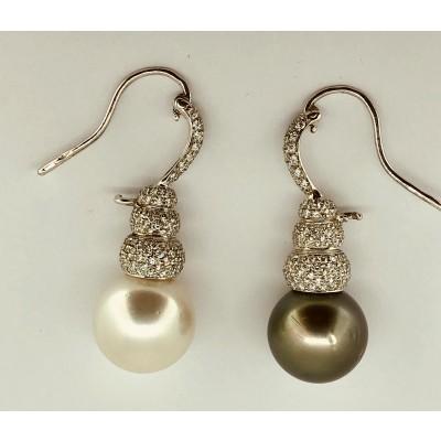 Orecchini oro bianco con perla grigia e bianca e brillanti