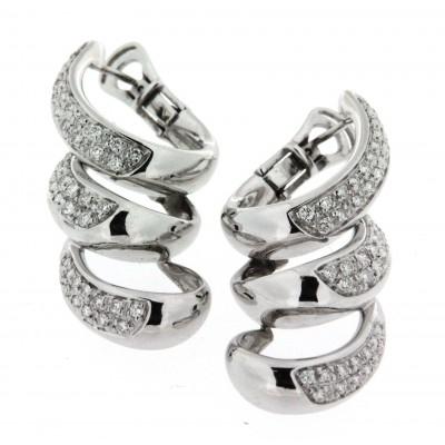 Orecchini Damiani in oro bianco con pavé di diamanti